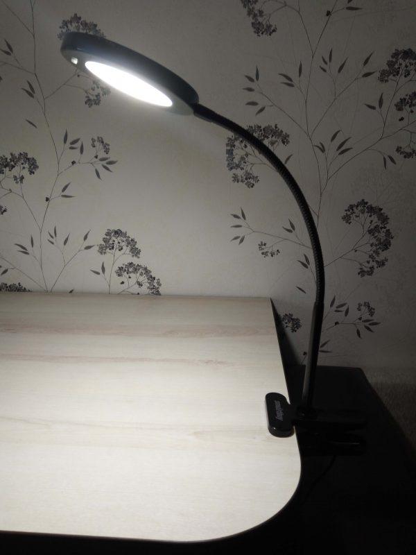 Светодиодный настольный светильник Smartbuy-8W /Clip (на прищепке) 2