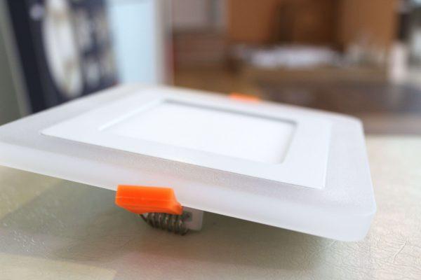 Ультратонкие LED панели квадратные truEnergy с декоративной подсветкой 6