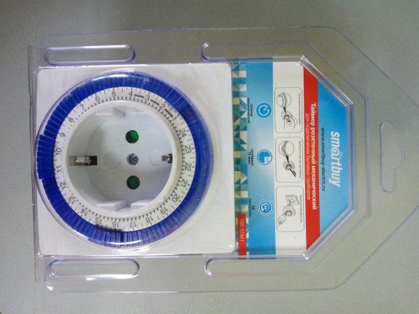 Розетка с таймером механическим Smartbuy 3600Вт, 96 вкл./выкл. сутки, интервал 15 мин 3