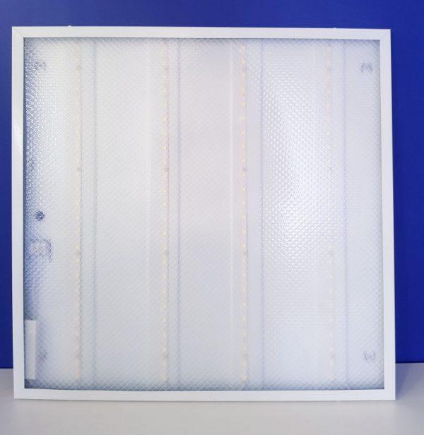 Светодиодные светильники в потолок Армстронг 600 на 600 мм