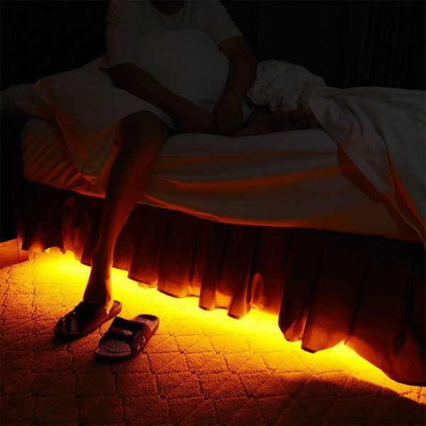 Комплект светодиодной ленты V-TAC под кровать с датчиком движения, 3000К, 12V, IP65 4