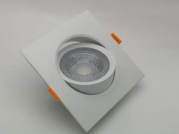Точечный светильник светодиодный встраиваемый поворотный направленного света, квадратный 4000K 1
