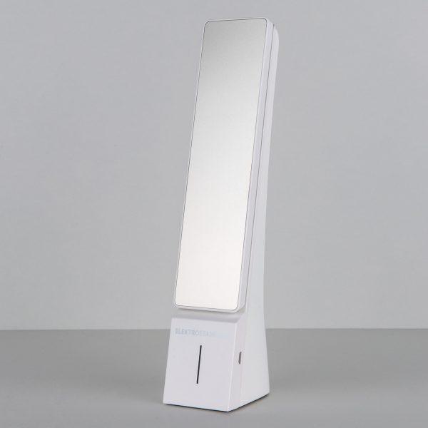 Настольный светодиодный светильник Desk белый/серебряный TL90450 4
