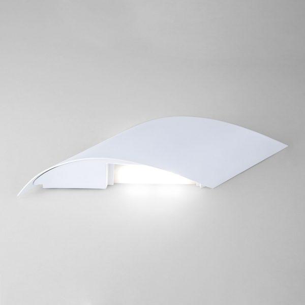 Настенный светодиодный светильник белый 40130/1 LED белый 3