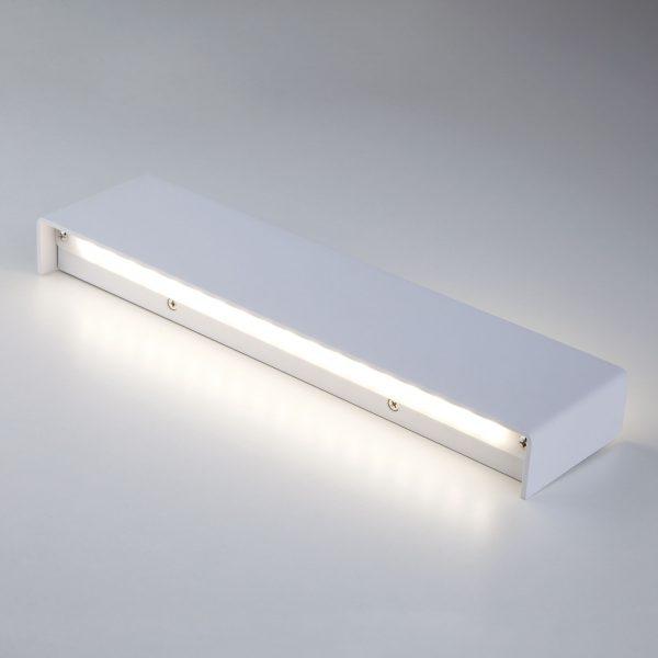 Настенный светодиодный светильник 40131/1 LED белый 1