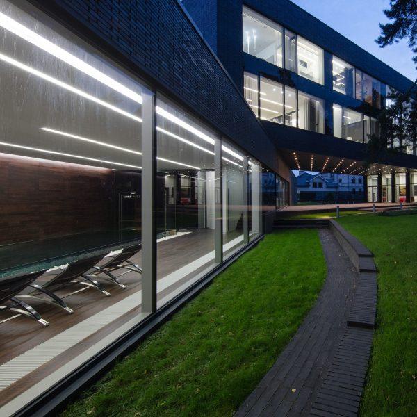 Линейный светодиодный встраиваемый светильник 128см 25Вт матовое серебро 1