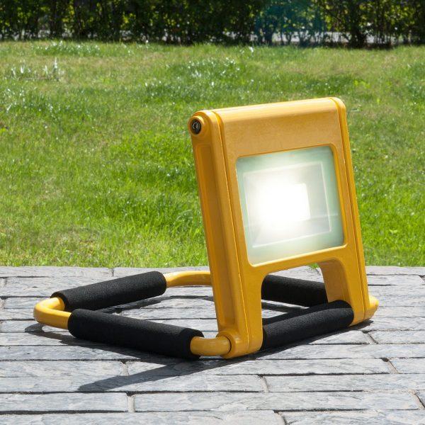 Аккумуляторный светодиодный прожектор 007 FL LED 10W 6500K IP54 Mobi 1