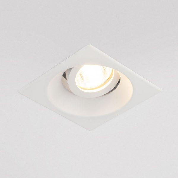 Алюминиевый точечный светильник 6069 MR16 WH белый 1