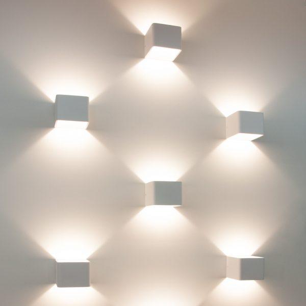 Corudo LED белый Настенный светодиодный светильник MRL LED 1060 4
