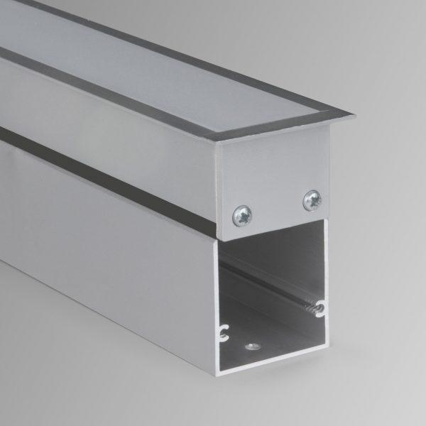 Линейный светодиодный встраиваемый светильник 53см 10Вт матовое серебро 1