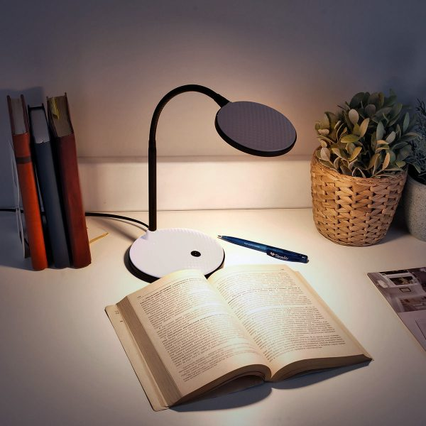 Настольный светодиодный светильник Sweep желтый TL90400 4