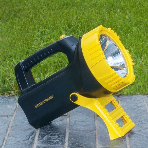 Ручной светодиодный прожектор Tourist 5