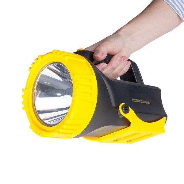 Ручной светодиодный прожектор Tourist 2
