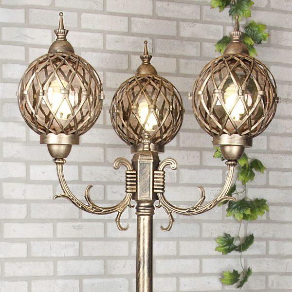 Уличный трехрожковый светильник на столбе Sirius F/3 черное золото