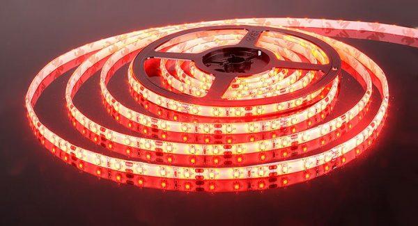 Светодиодная лента 3528/60 LED 4.8W IP65 красный свет