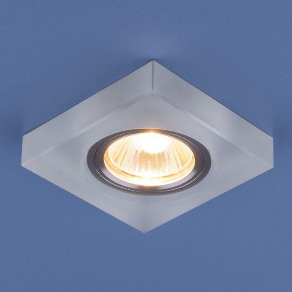 Точечный светильник со светодиодами 6063 MR16 WH белый 1
