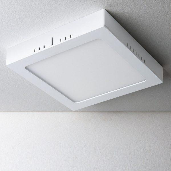 Универсальный накладной/встраиваемый потолочный светодиодный светильник DLS020 18W 4200K 1