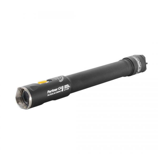 Тактический фонарь Armytek Armytek Partner C4 Pro v3 XHP35 (белый свет) 1