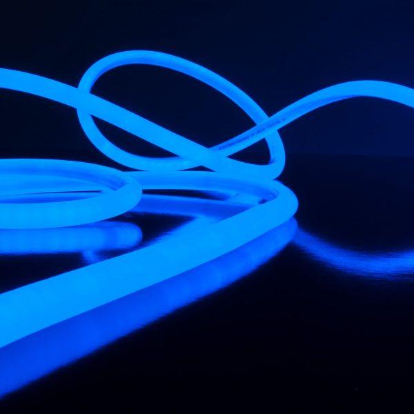 Светодиодный гибкий неон LS003 220V 9.6W 144Led 2835 IP67 круглый синий 6500К 6