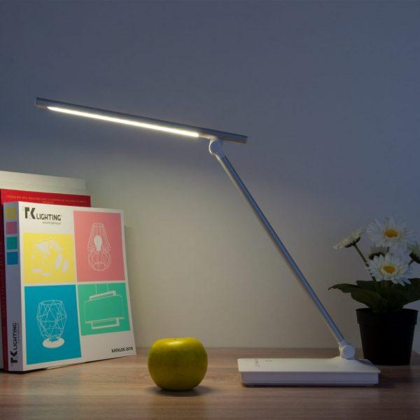 Настольный светодиодный светильник 80423/1 серебристый сенсорный в интерьере