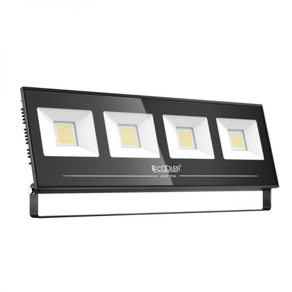 Светодиодный LED прожектор PCCOOLER IP66 5
