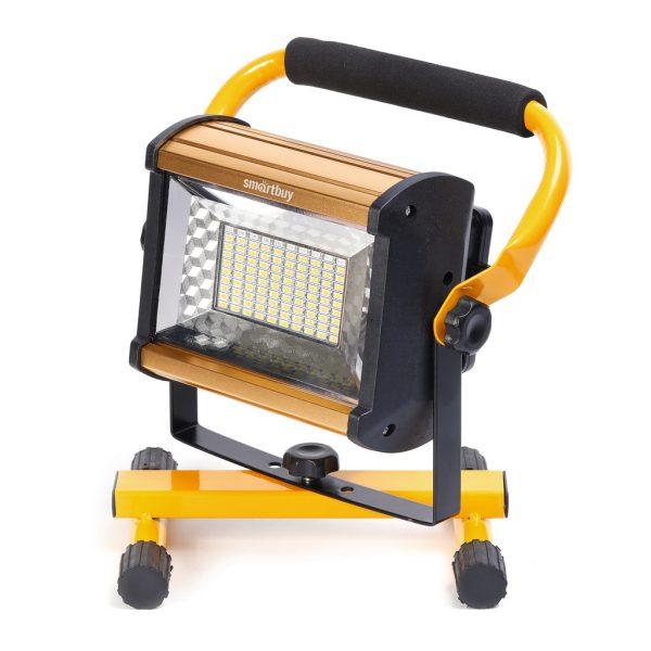 Прожекторный фонарь с ручкой и подставкой, Smartbuy SBF-6-100SMD 2